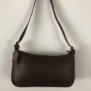 Vintage Coach Brown Leather Shoulder Bag #B9C-9071